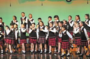"""宁波市少儿合唱团在""""最好的未来""""专场音乐会上演出.图片"""