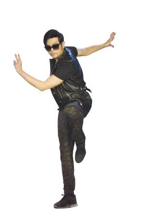昨日,片方在上海举办音乐主题发布会,梦工场动画ceo杰弗瑞·卡森伯格(jeffrey katzenberg)现场宣布,周杰伦不仅将给片中的金猴配音,还将携16岁爱徒派伟俊为《功夫熊猫3