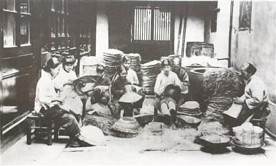 之首部.其间,两次向全社会征集老照片,还专程派人赴杭州、上海、图片
