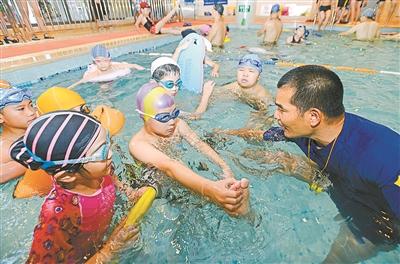 学会自救 预防溺水