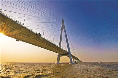 ——解读杭州湾跨海大桥区域发展效益