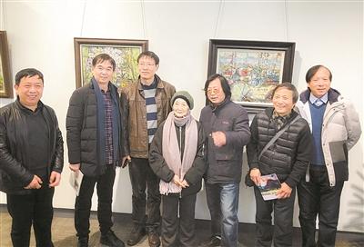 李霞萍师生七人绘画展昨开幕