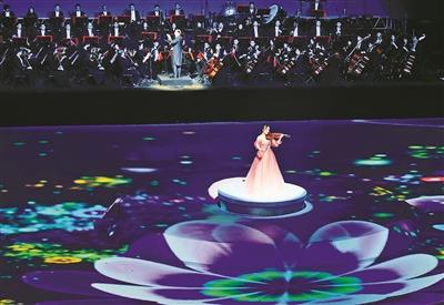 """昨晚,阿拉音乐节""""阿拉宁波欢迎您""""大型文艺晚会在宁波奥体中心图片"""