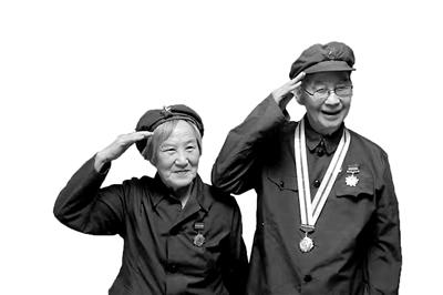 宁波军休老战士补拍婚纱照 追忆动人的革命爱情故事